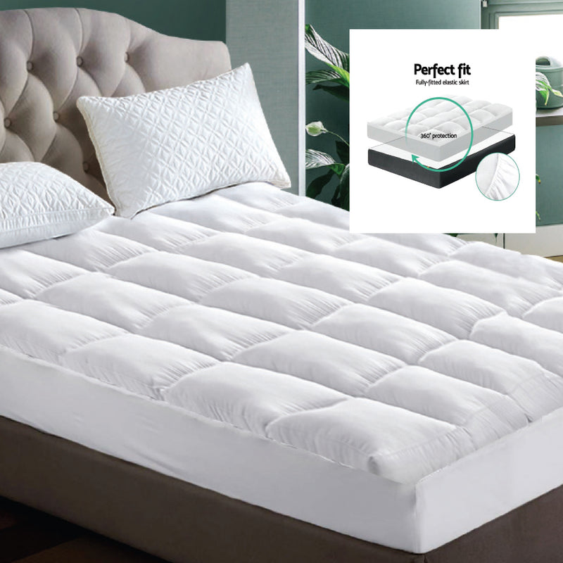 QUEEN BED MATTRESS TOPPER