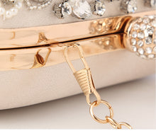Load image into Gallery viewer, Diamond Rhinestone Pearls Beaded Clutch Purse