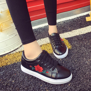 Lace-Up Casual Fashion Sneakers