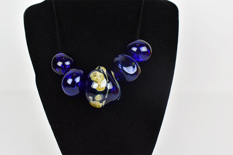 Cobalt 5 blown glass beads necklace (11LT119)