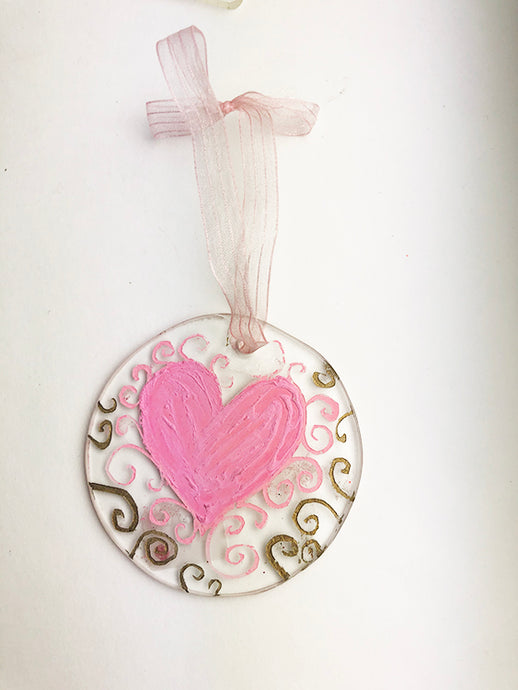 Scroll Heart Love Catcher (1YG1012)