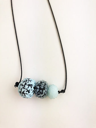 Black and Blue necklace (3PAZ1317)