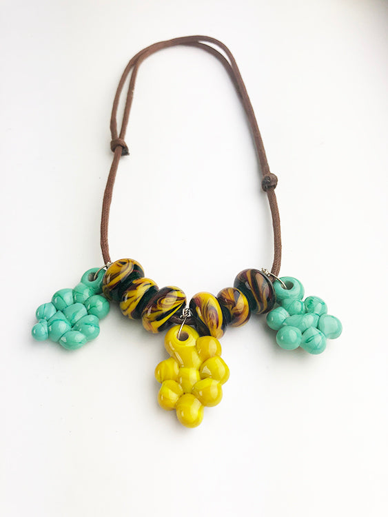 Tabitha's Necklace (5TR118)