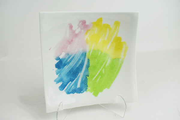 Pastels on white glass plate (1GR14016)