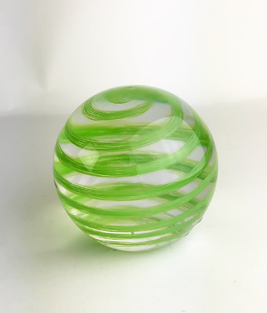 Green and Clear Paperweight (9GR919)