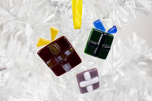 Wrapped presents fused glass ornament (12GR819)