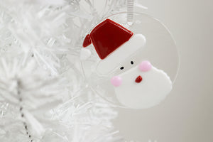 Santa fused glass ornament (11YG1517)