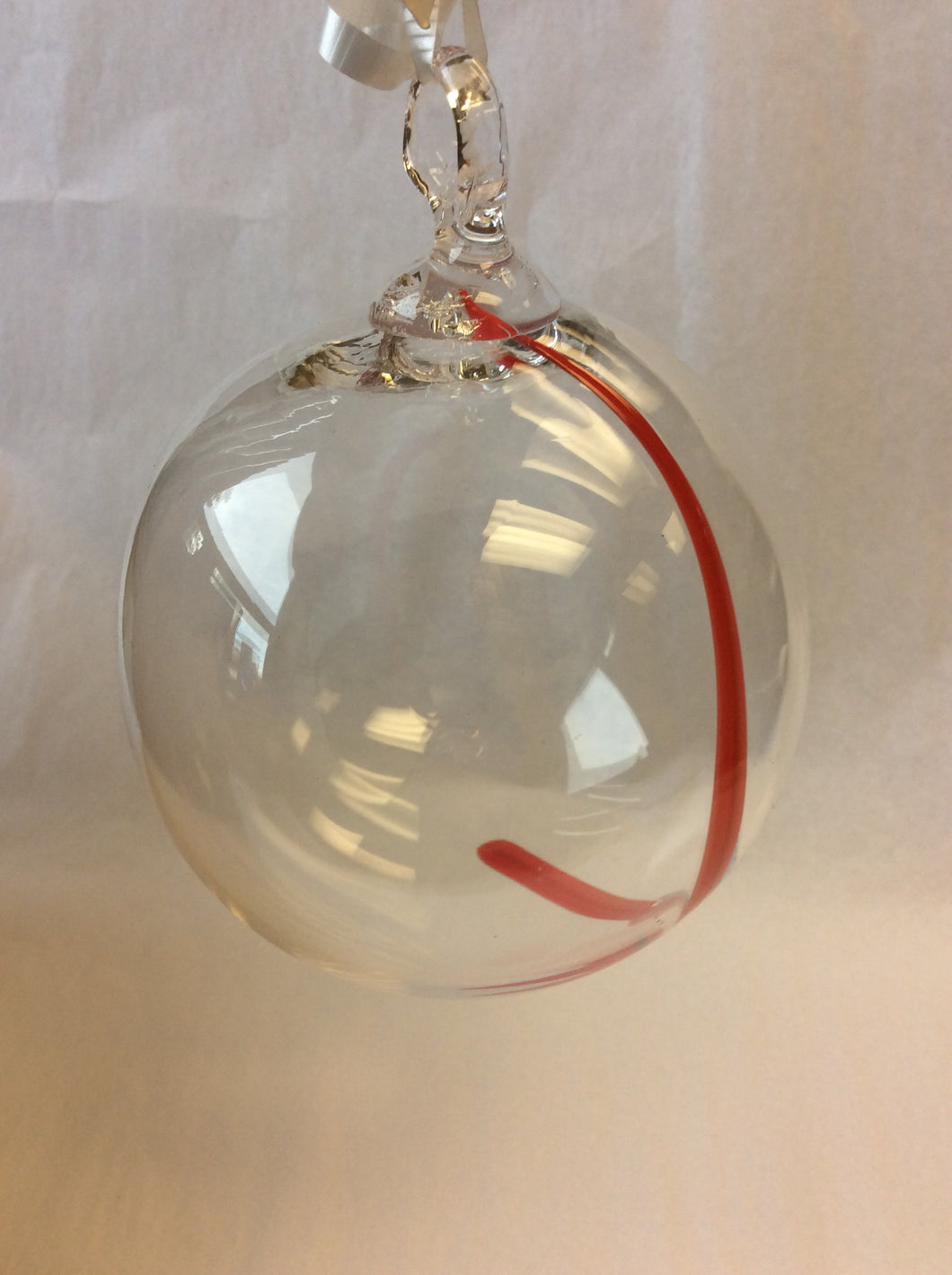 Clear with Red Stripe Ornament (8GR3220)