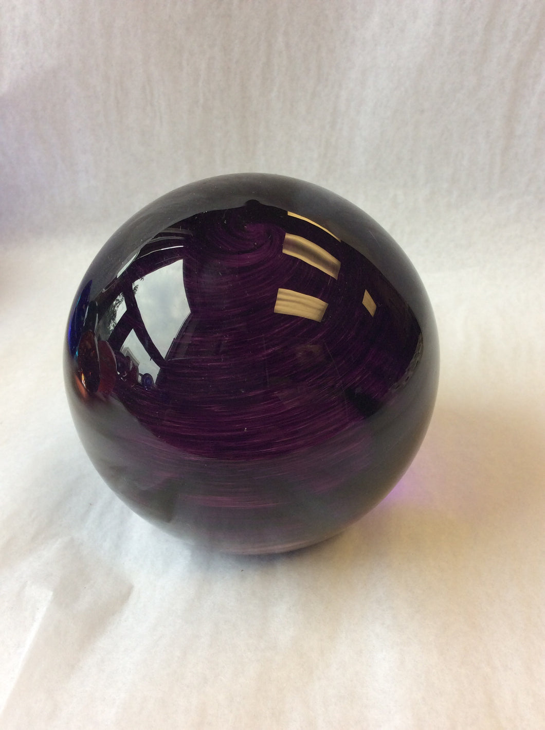 Purple Paperweight (8GR1220)