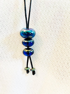 Blue Iredescent Lariat Style Necklace (5LT720)