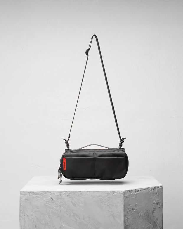 Brick 水瓶斜背包 - Backpacks & Bags - Inspired by Rock-climbing - Topologie Taiwan