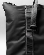 Chain 防潑水長肩帶托特包 - Backpacks & Bags - Inspired by Rock-climbing - Topologie Taiwan
