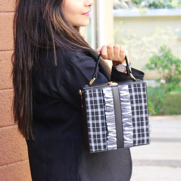 Black Checks Flounce sling bag