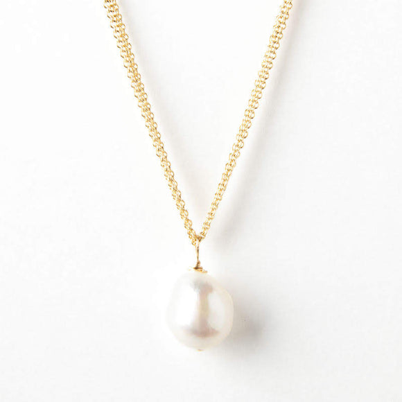 Amelia Necklace - Pearl