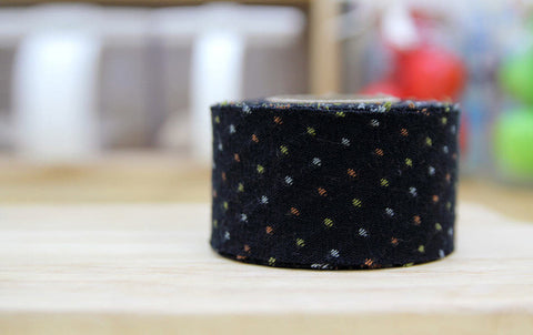 4 cm Cotton Bias by the roll Tiny Dots in Black 10 Yards 48339