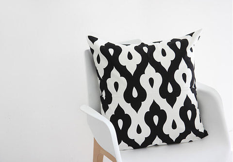Geometric Oxford Cotton Fabric, Black and White Fabric - By the Yard 83578