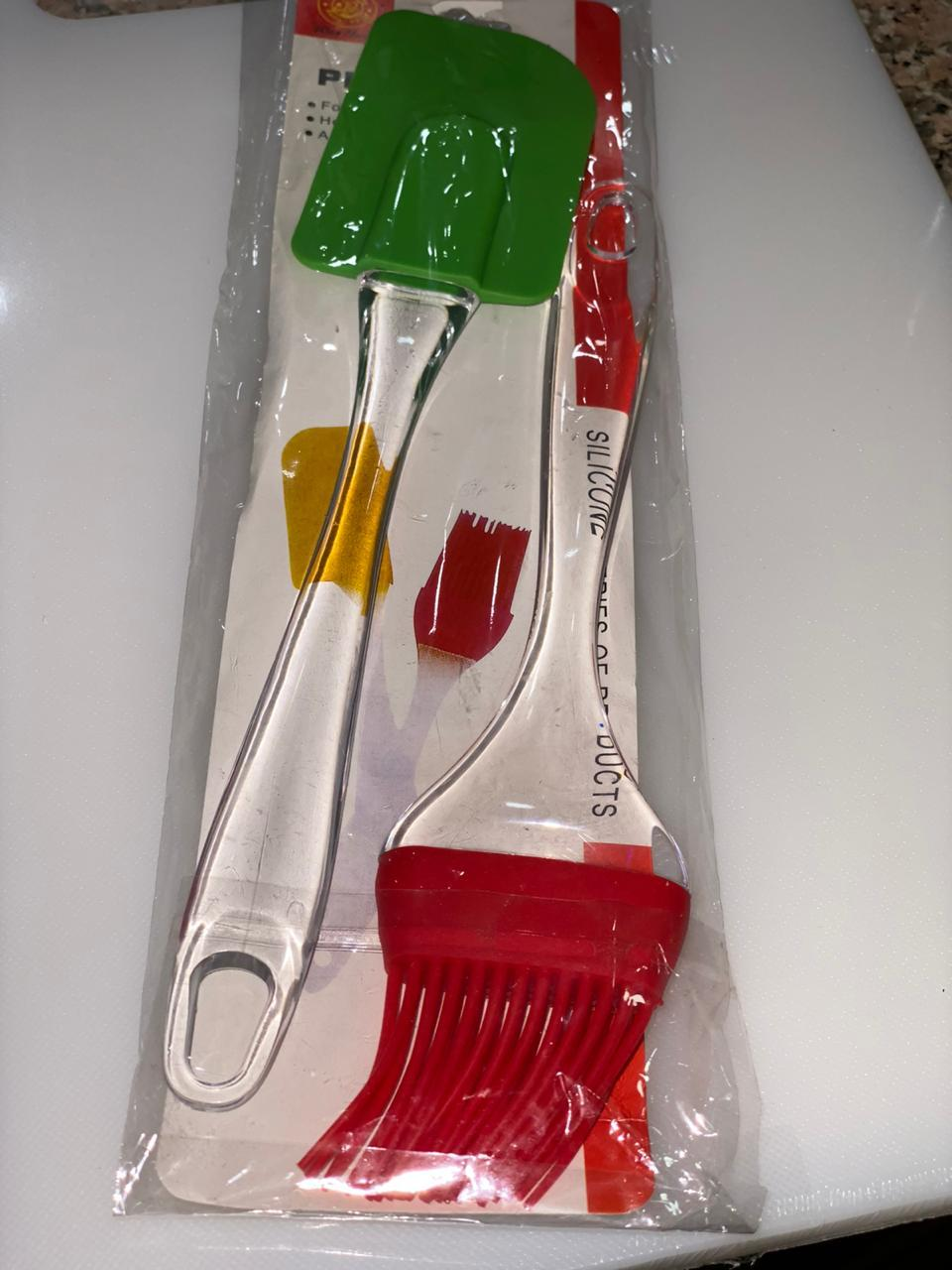 BAKEWARE SET OF SPATULA AND BRUSH SILICONE - Gogia bartan store