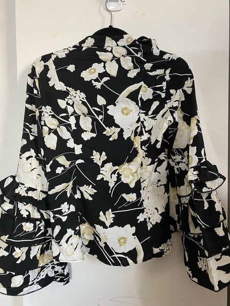 GRACIA NWT! Floral Long sleeve top S/M/L