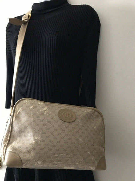 GUCCI Vintage Logo Monogram Print Medium Leather Crossbody Bag