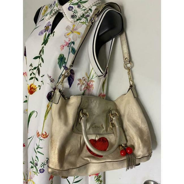COACH Customized w/ Applique Cream Silver Tote Bag