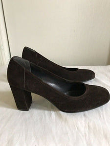 ANDREA CARRANO Brown Suede Mid Heel Pump 9