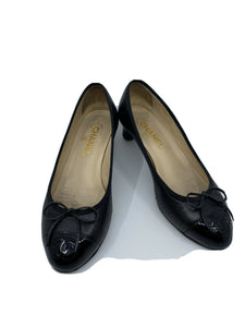 CHANEL Black Ballet shoes W/ Low Heels 38.5