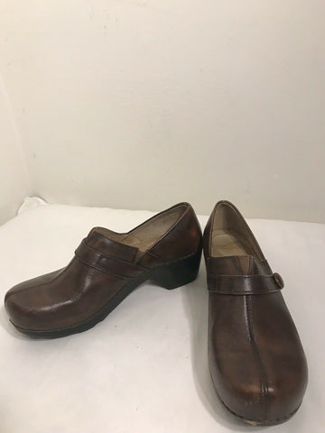 DANSKO CLASSIC CLOGS Brown Leather- Size 9.5