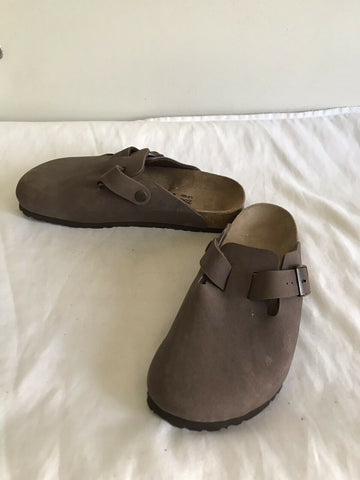 BIRKENSTOCK SLIPPERS-Brown-Size L8 M6