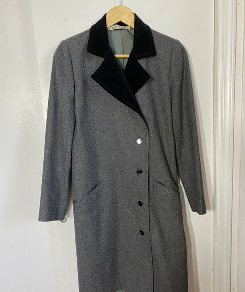 GIVENCHY Vintage Grey  Wool Coat W/  Velvet trim  Small