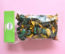 Load image into Gallery viewer, Packet of Lemongrass scented pot pourri, 80g made in Australia