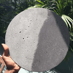Studio Badge Classic Kukie Concrete Platter