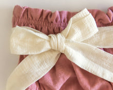 Load image into Gallery viewer, Ivory Bow Bloomers in Pink