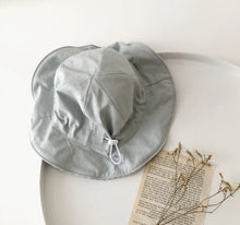 Load image into Gallery viewer, Cotton Check Hat