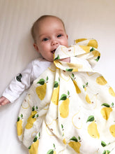 Load image into Gallery viewer, Muslin Swaddle - Pear
