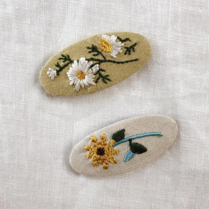 Mustard Daisy  Embroidered clip
