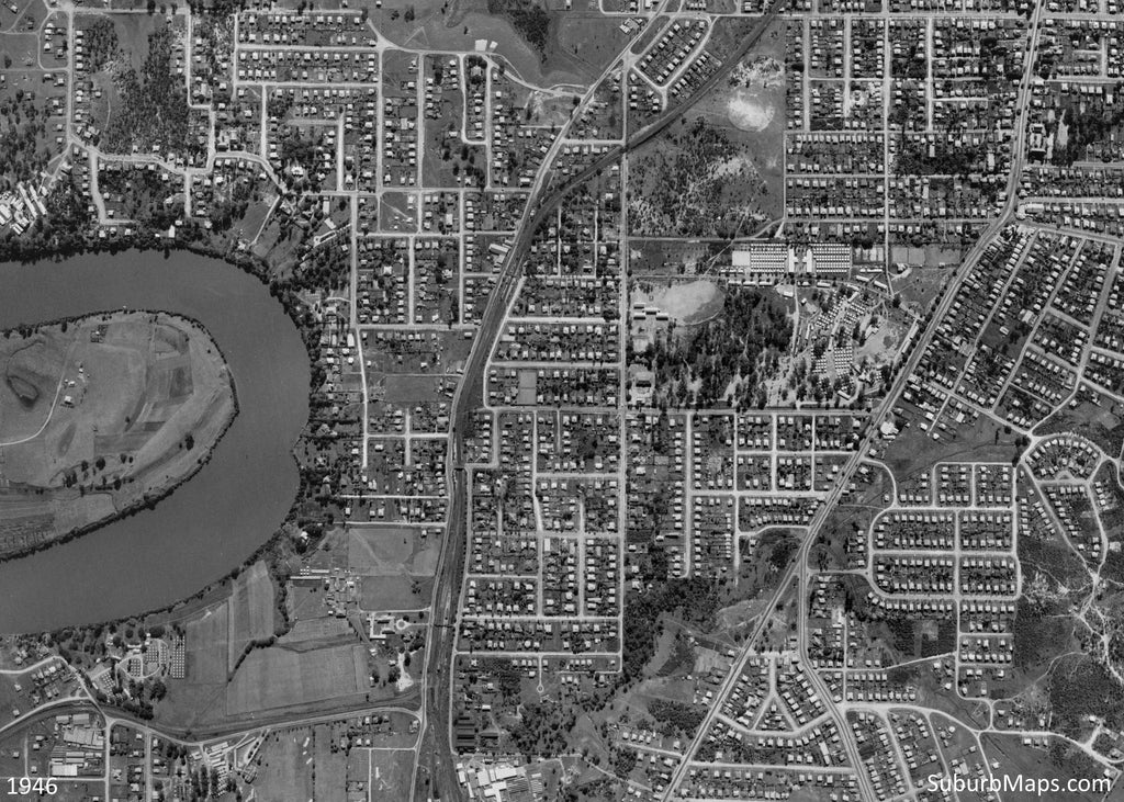 1946 Aerial Photo of Bulimba, Newstead, Bowen Hills, Albion, Hamilton, Teneriffe and Balmoral