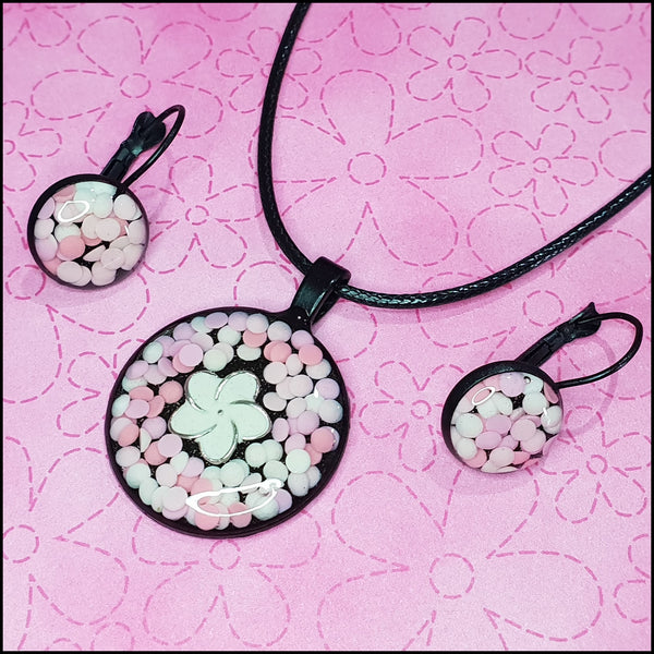 Handmade Resin Pendant and Earring Set - White Flower/Pale Pink