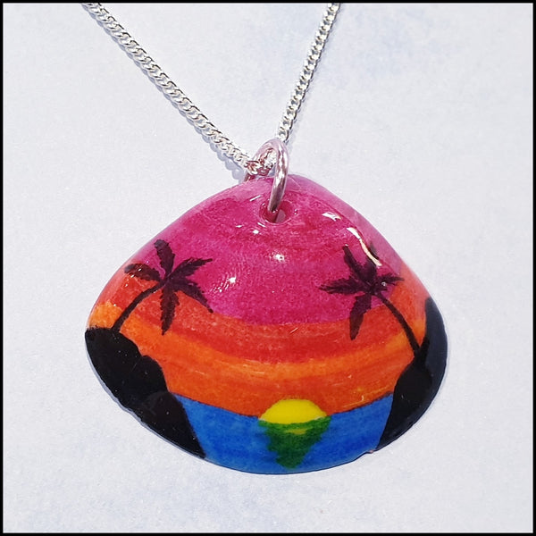 Shell Pendant - Sunset between Islands