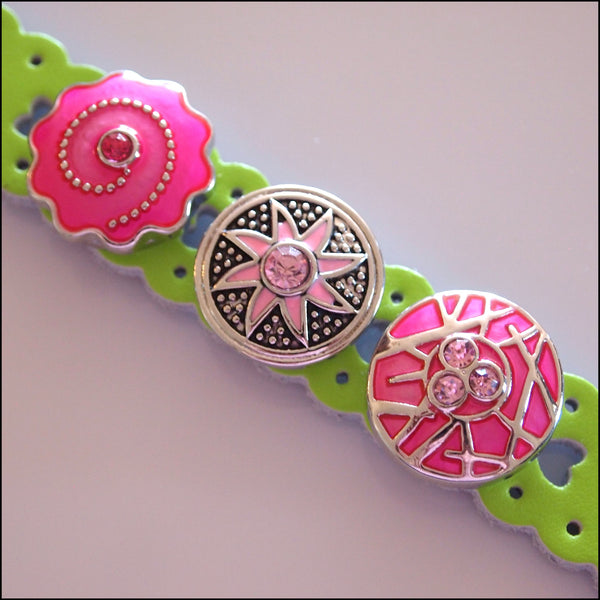 Heart Pattern Leather 3 Snap Bracelet Green - Set 1