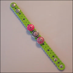 Heart Pattern Leather 3 Snap Bracelet Green - Set 1 - Find Something Special