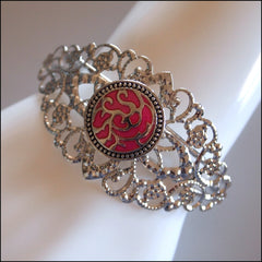 Snap Button Lace Cuff Bracelet with 2 Snaps - Find Something Special