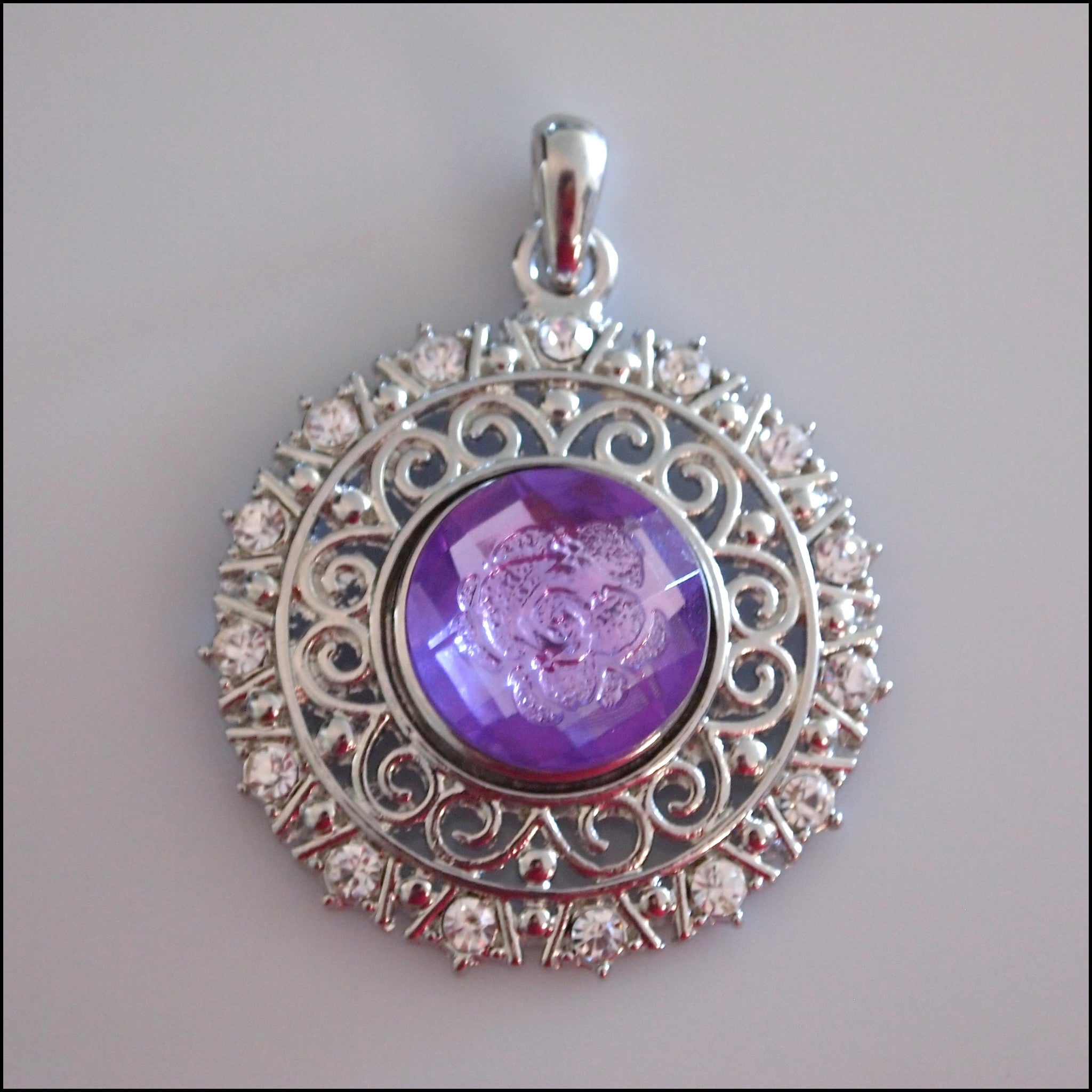 Decorative Round Crystal Snap Pendant with Snap Button - Find Something Special - 1