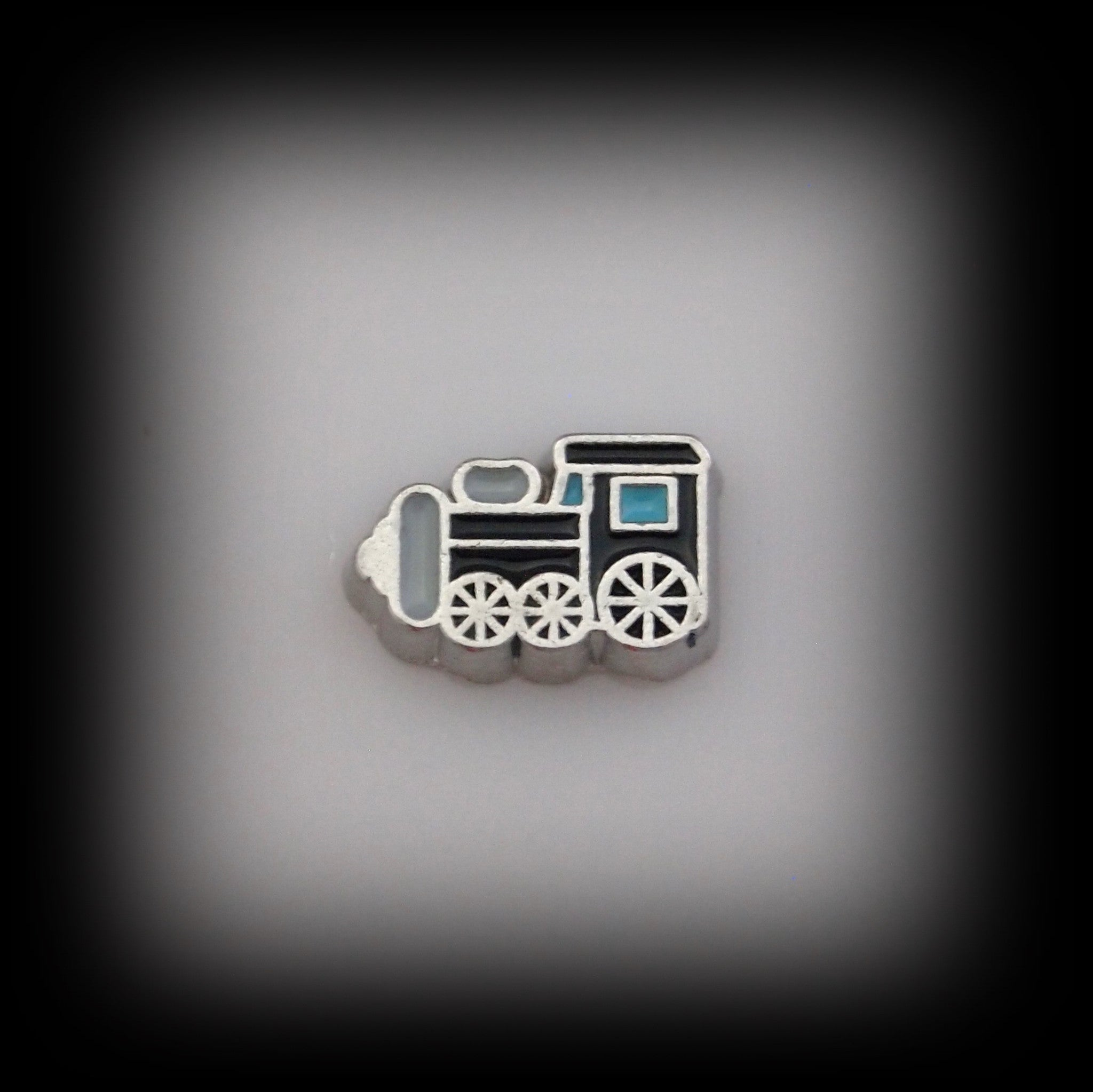 Train Floating Charm - Find Something Special - 1