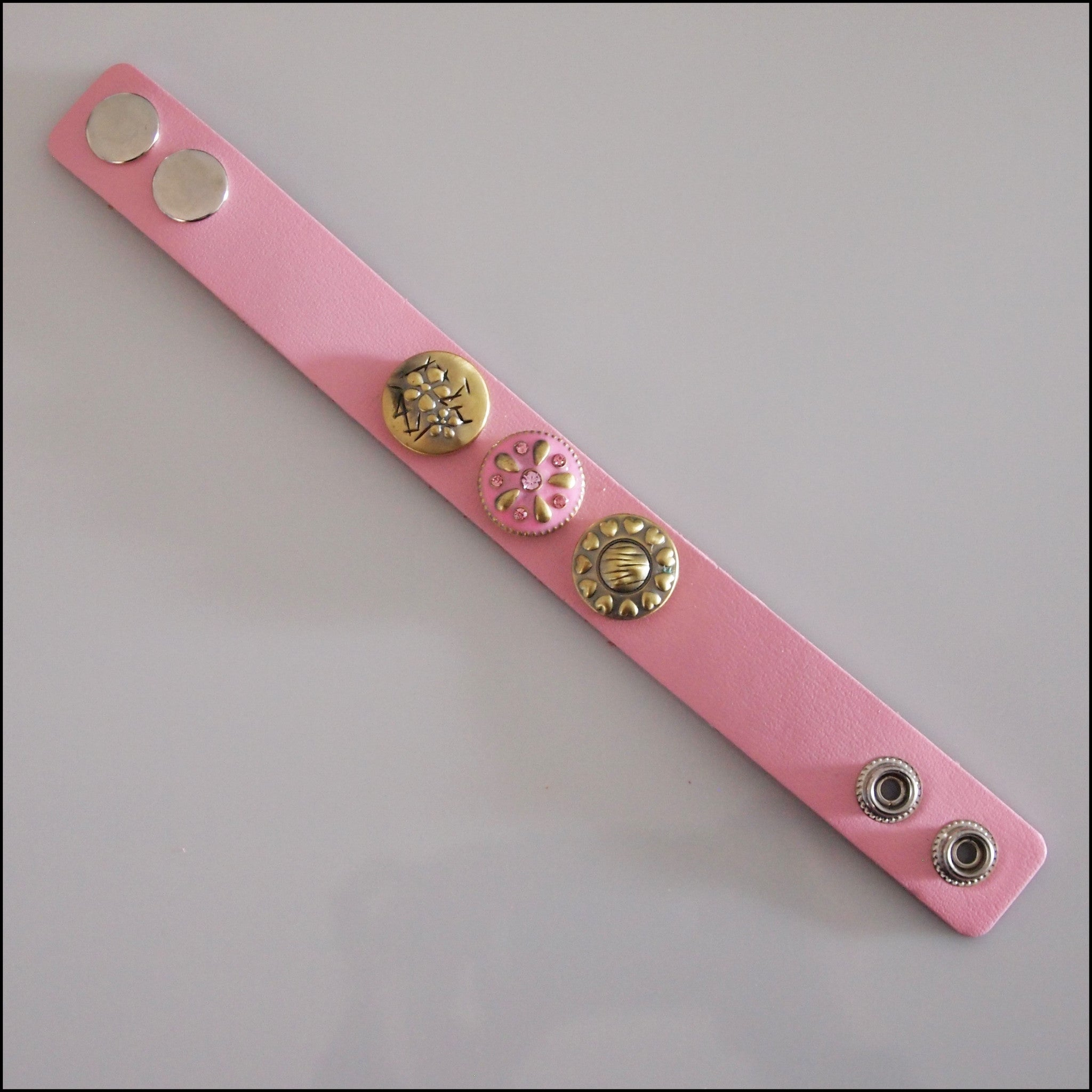 Wide Leather 3 Snap Bracelet Pink - Set 3 - Find Something Special