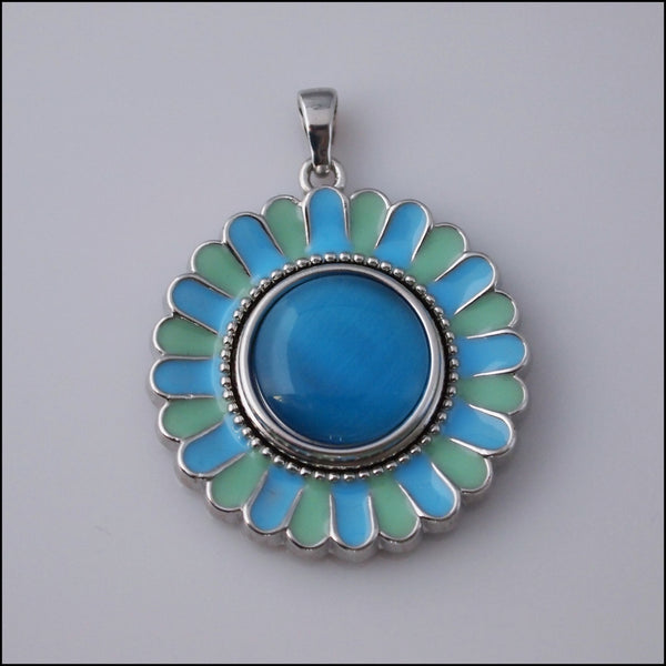 Blue/Green Flower Snap Pendant