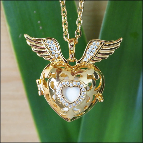 Crystal Winged Heart Harmony Ball - 18mm