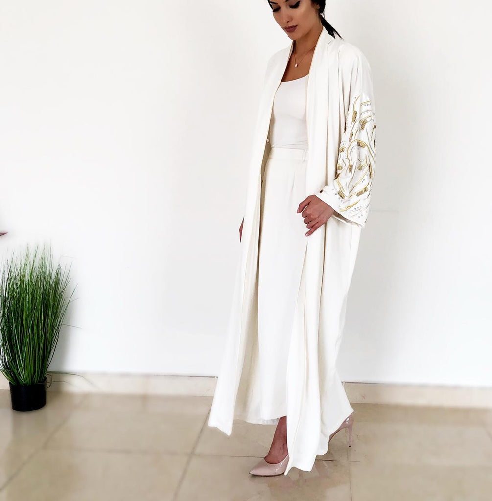 AW18 Stunning Off White 'Leaves of Gold' Abaya