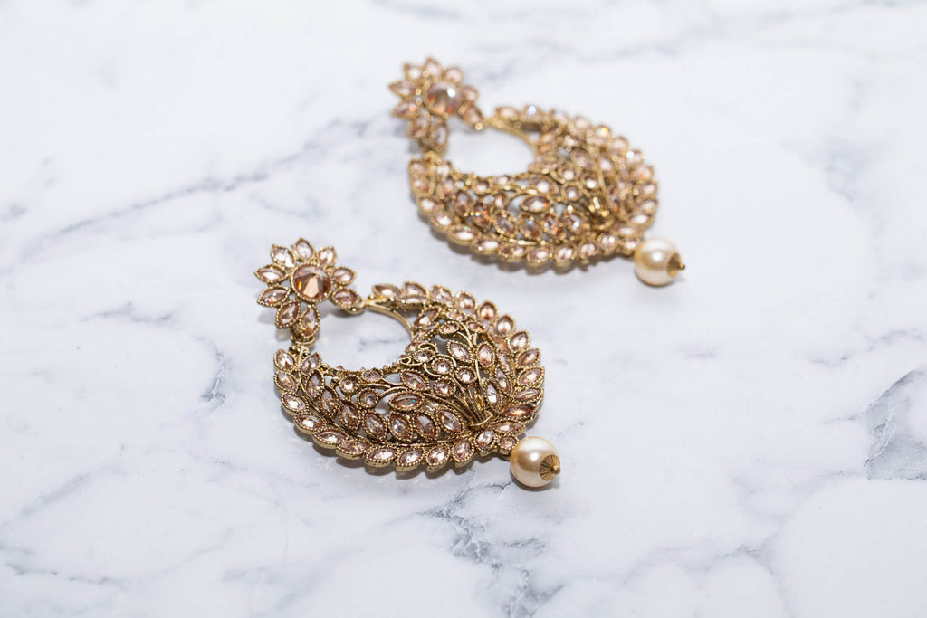 Chand Bali Earings With Pearls
