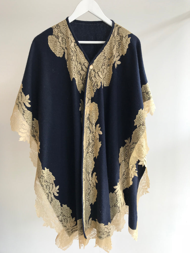 Tuba Cape Wool and Lace