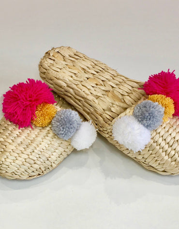 HAND MADE STRAW SLIPPERS RED